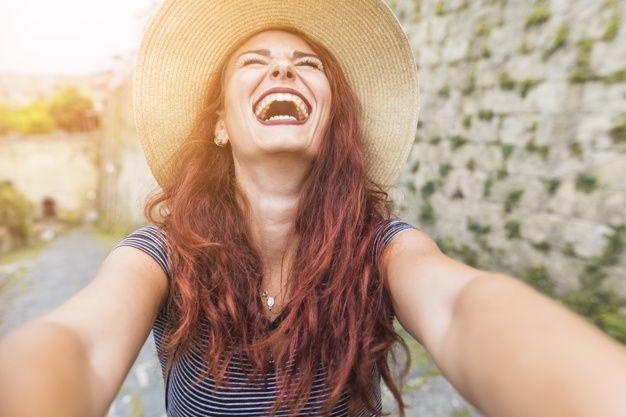 como-ser-feliz-no-amor-de-verdade-9098339-8292218