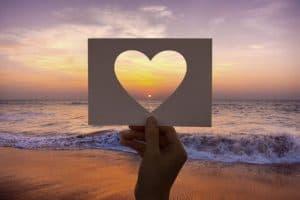 amarração coração em papel