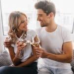 Sinais de interesse feminino: Entenda quais são eles!